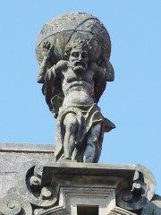Figura de Atlas. Pazo de Bendaña. Santiago de Compostela
