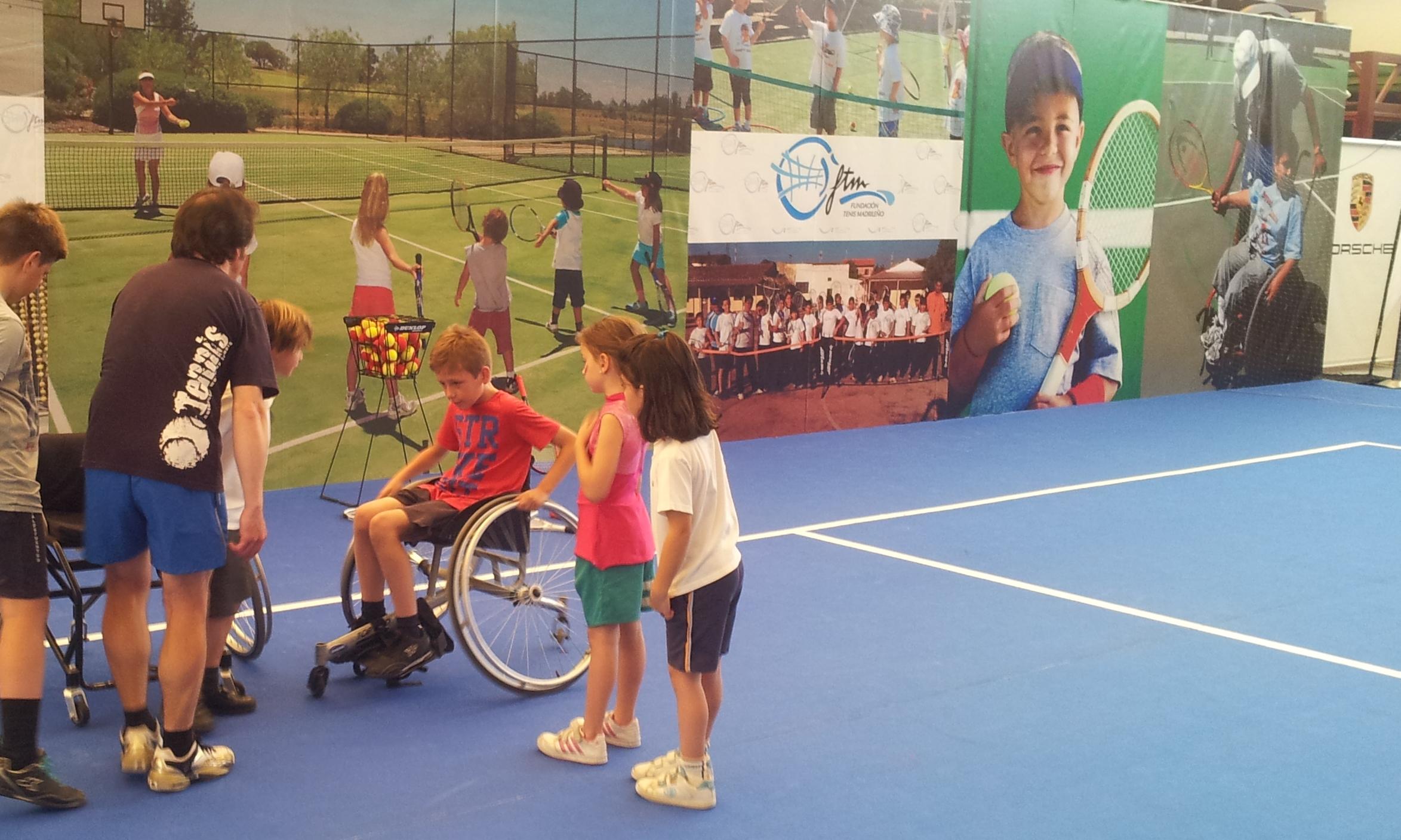 Deporte y solidaridad un plan muy divertido en el centro comercial sexta avenida estilo rus - Deportes en silla de ruedas ...